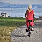 Een test van elektrische fietsen doornemen